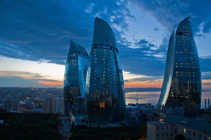Орел и решка » Азербайджан. Баку