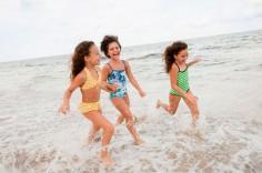 Туристы очень часто теряют на пляжах своих детей