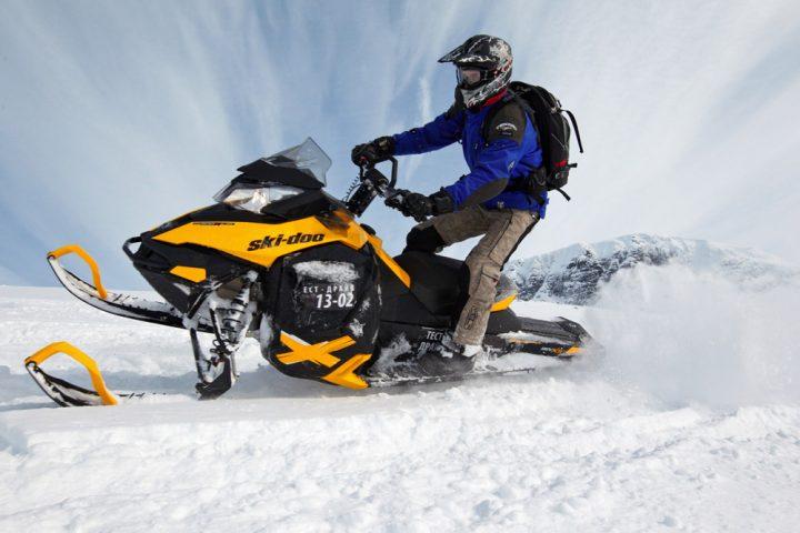 На Ай-Петринской яйле запретили езду на снегоходах