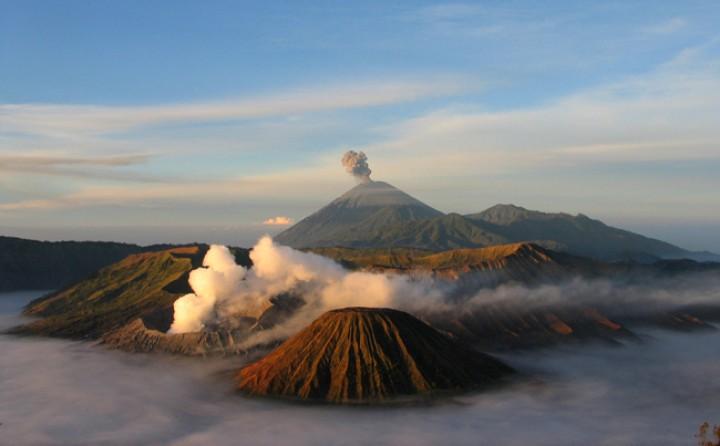 Индонезийская Ява вновь открыта для посещения