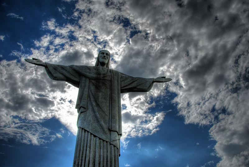 Бразильское чудо света может изменить оттенок